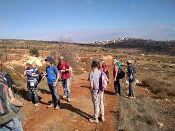 """דרמה בשומרון • מחבלים תקפו ילדים יהודים במהלך """"טיול בר מצווה"""""""