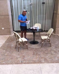 'הקהל' גם במבצע תפילין במלון היוקרתי